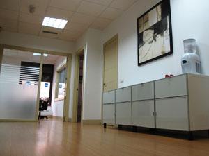 Estudio de arquitectura en Madrid. Maral Arquitectos (zona común).